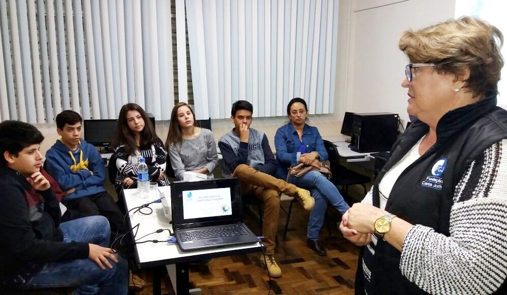 Inclusão Produtiva:  Projeto prepara jovens para o mundo do trabalho
