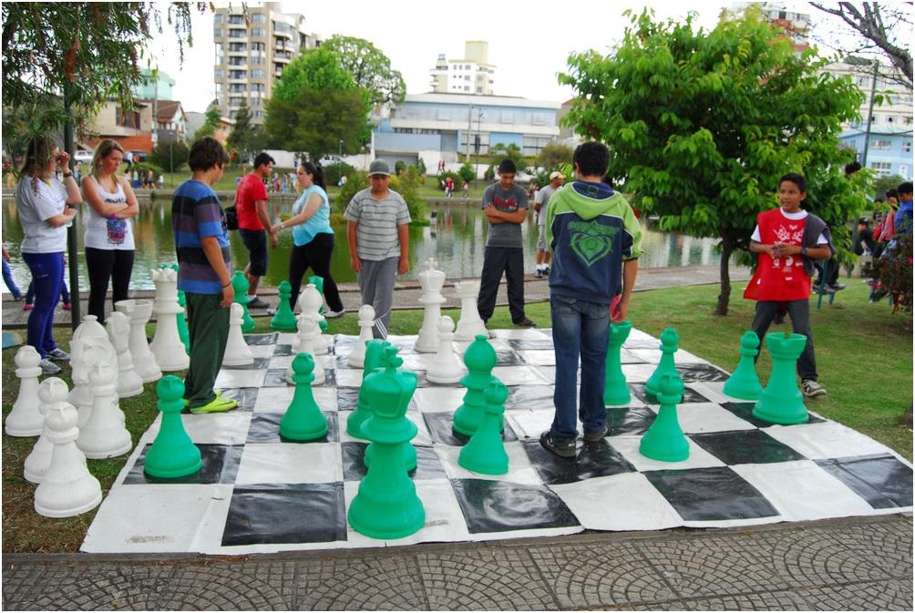 Neste sábado acontece mais uma tradicional Festa da Criança na Praça