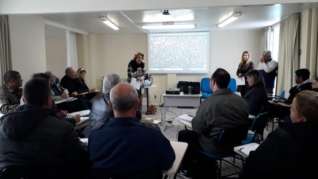 27/08/2019 - Reunião para lançamento e planejamento da campanha Criança na Praça com Instituições parceiras