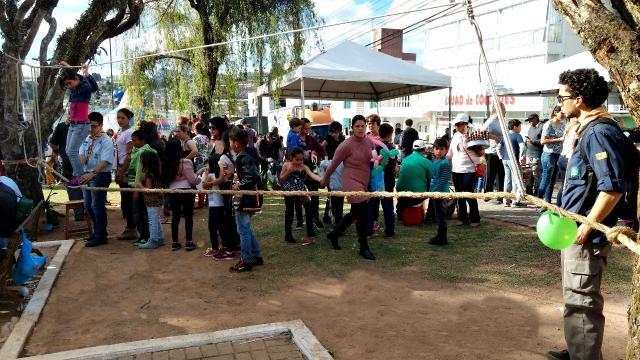 Criança na Praça: Escoteiros incentivarão a prática de esporte e coordenação motora