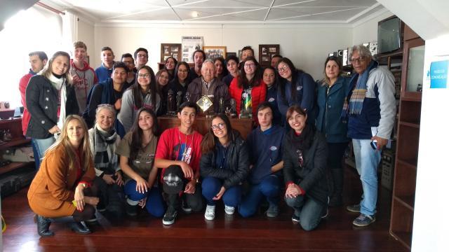 10/07/2019 - Recebemos a visita de professores e alunos da Escola de Educação Básica Prof. Flordoardo Cabral.