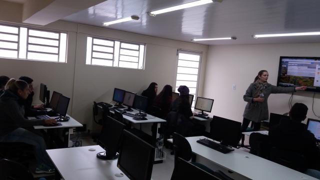 "Plataforma Google Sala de Aula ""Google Classroom"""